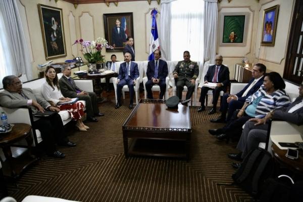 Presidente Medina se reunió con funcionarios del sector Salud da seguimiento a la evolución del primer caso importado desde Italia de coronavirus en el país
