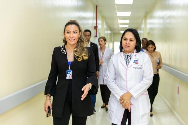 Font-Frías supervisa Maternidad Nuestra Señora de la Altagracia