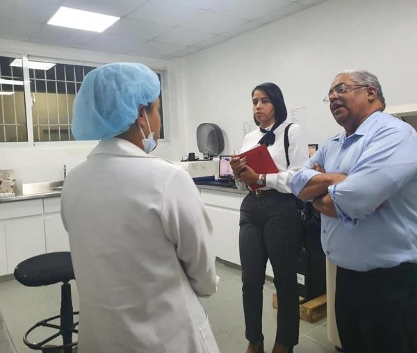 Titular SNS visita hospitales de Santo Domingo Oeste