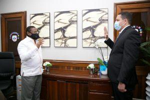 SRSM posesiona directores Hospitales Municipales Las Caobas y Engombe