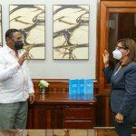 Doctor Féliz Féliz juramentó directora Hospital Municipal de Yamasá