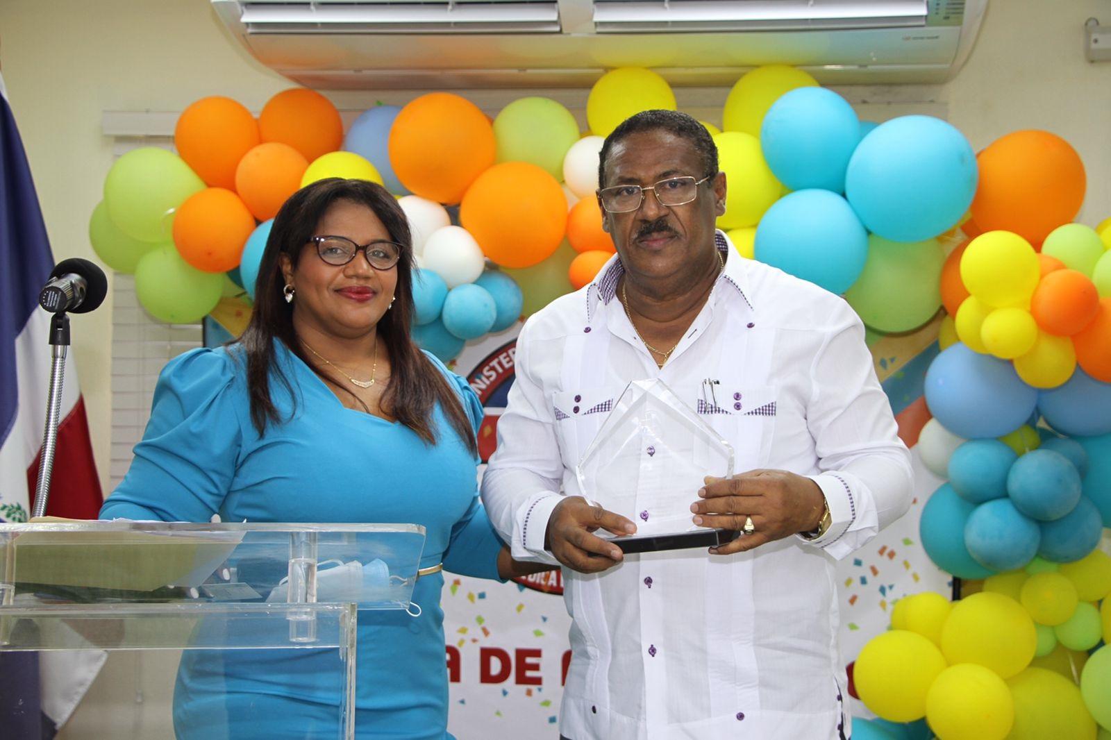 CEMADOJA celebra su 21 aniversario brindando salud con calidad