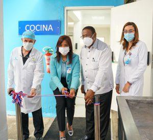 Centro de Gastroenterología reinaugura áreas remozadas